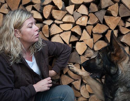 Betina Hofmann, instruktør og hundetræner hos Danske Terapihunde